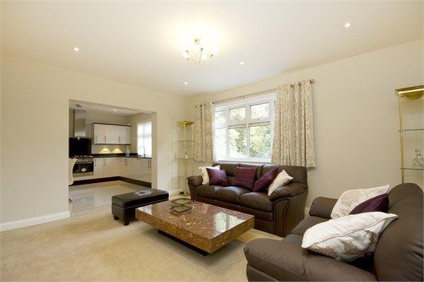 Thumbnail Flat to rent in Corringway, Ealing, London