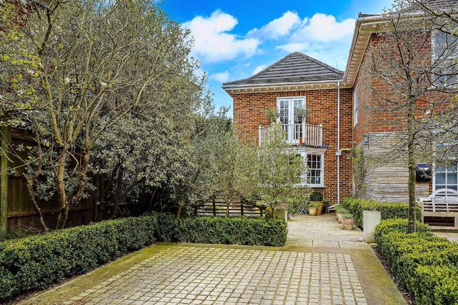 Thumbnail Semi-detached house for sale in Dickens Close, Richmond