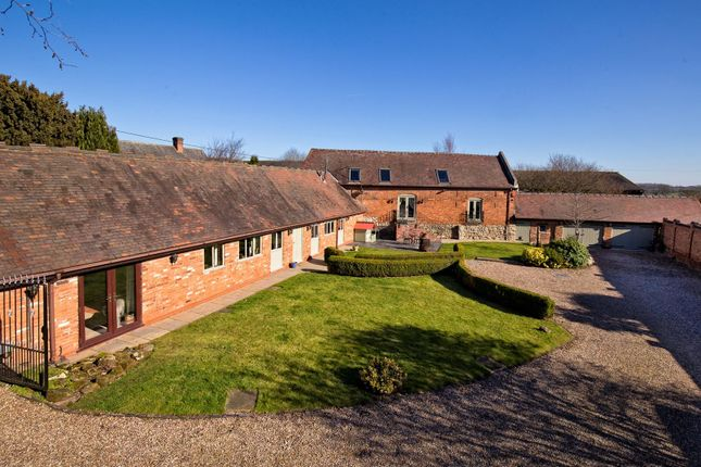 Thumbnail Barn conversion for sale in Orton-On-The-Hill, Warwickshire