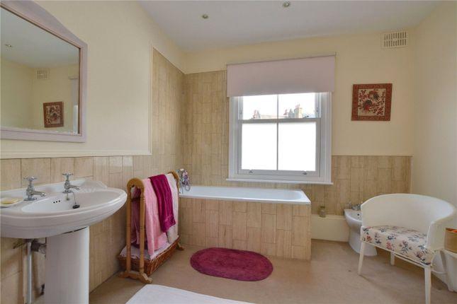 Bathroom of Dartmouth Hill, Greenwich, London SE10