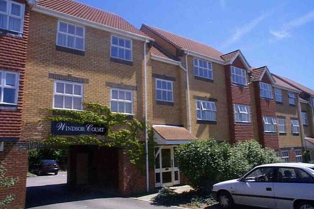 1 bed flat to rent in Rutherford Close, Borehamwood