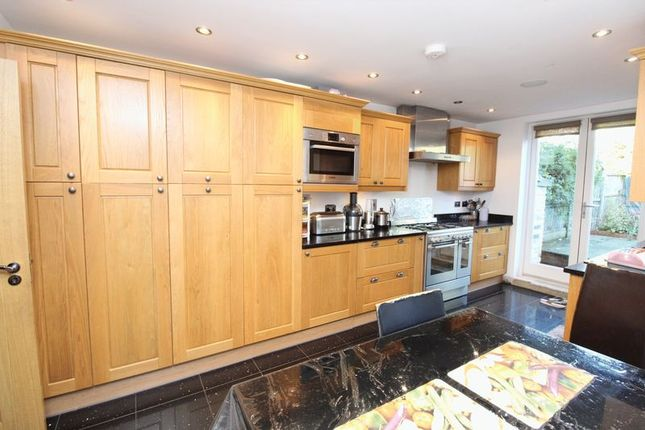 Thumbnail Terraced house for sale in Gathorne Road, Wood Green