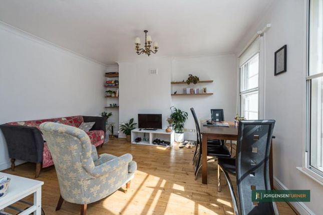 2 bed flat to rent in Oxford Road, Maida Vale, London NW6