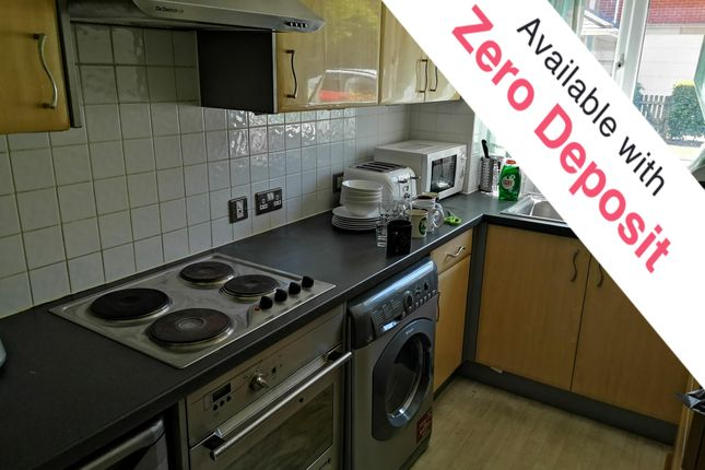 2 bed flat to rent in Canute Road, Ocean Village, Southampton SO14