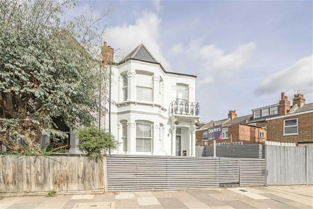 Thumbnail Property to rent in Keslake Road, London