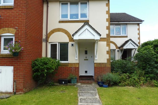 Thumbnail Property to rent in Beechwood Close, Devizes
