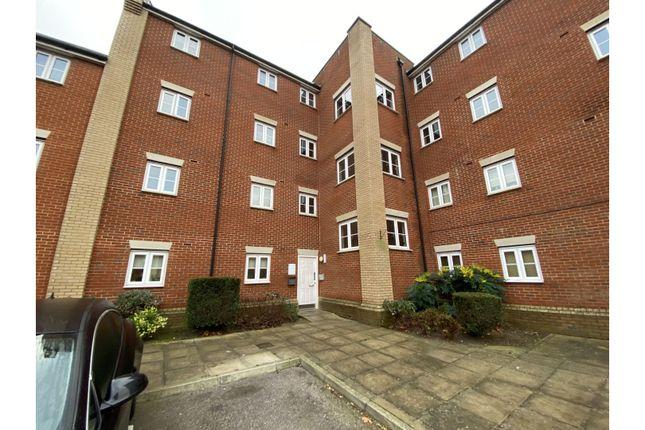 2 bed flat for sale in Provan Court, Ipswich IP3