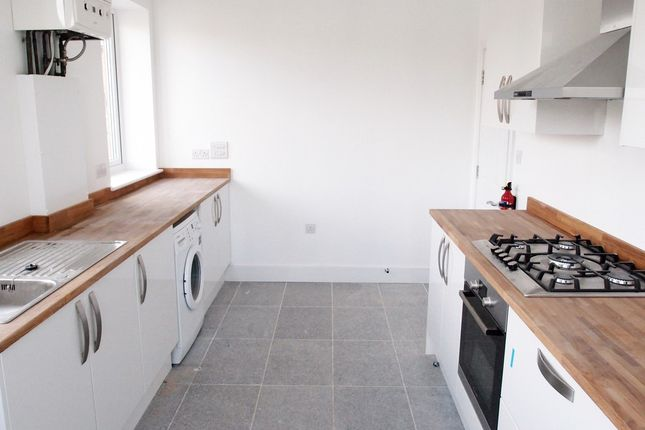 Thumbnail Flat to rent in Richmond Avenue, Southend-On-Sea