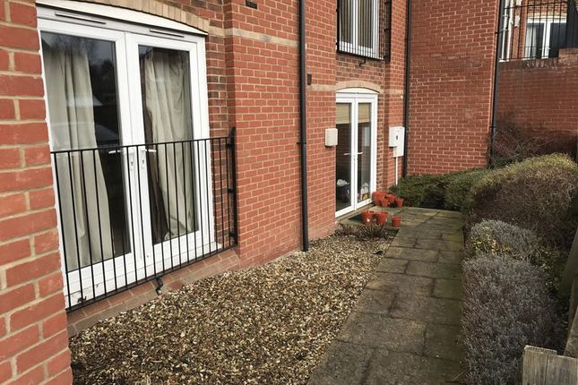 Thumbnail Flat to rent in Little Mill Court, Stroud
