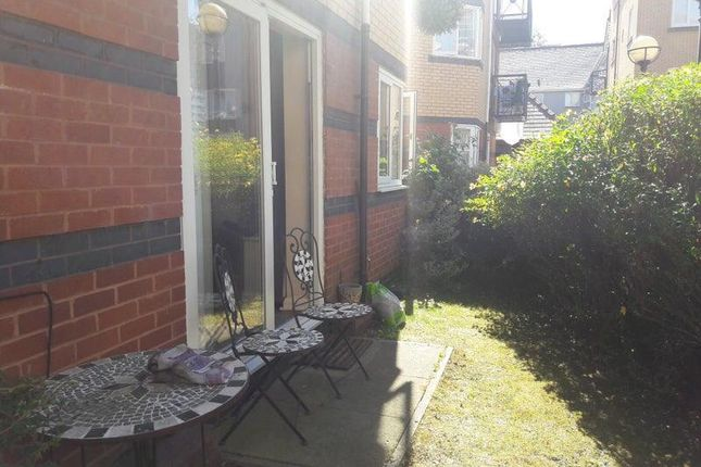 Thumbnail Flat to rent in Vancouver Quay, Salford