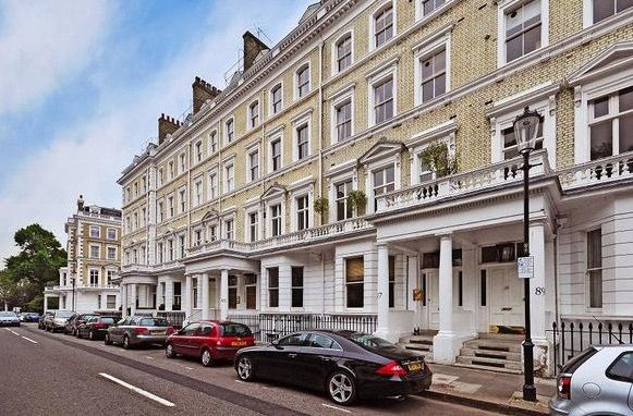 2 bed flat to rent in Onslow Gardens, South Kensington, London