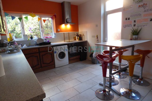 Thumbnail End terrace house to rent in Fosse Road South, Leicester
