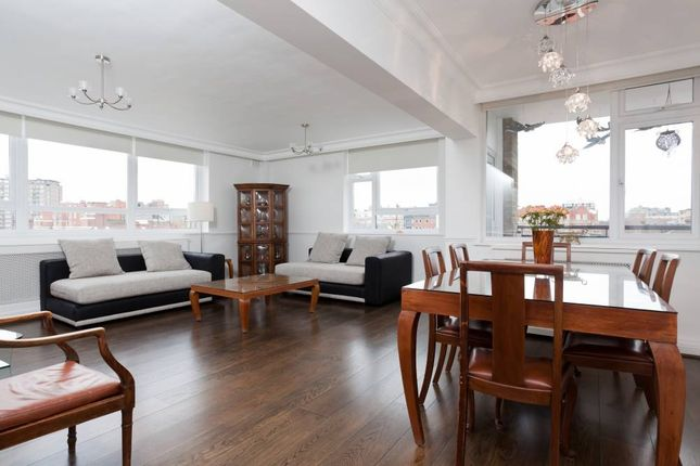 2 bed flat to rent in Melbourne Court, Randolph Avenue, London