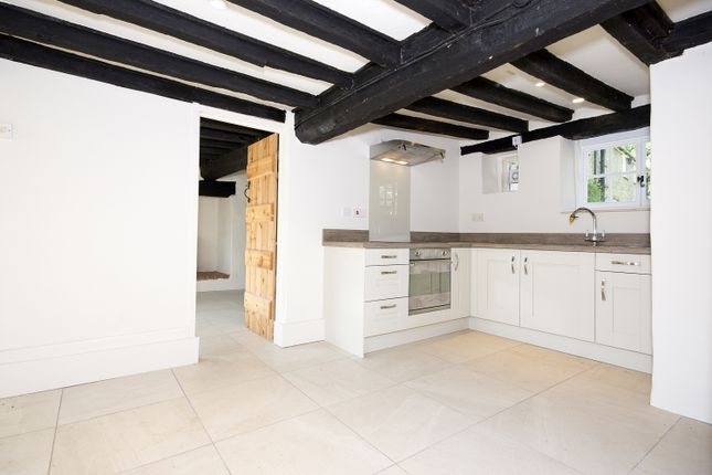 Thumbnail Cottage to rent in West End, Launton, Bicester