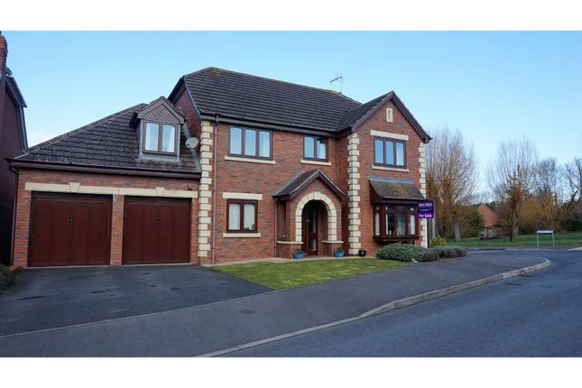 Thumbnail Detached house for sale in Poplar Avenue, Wyre Piddle