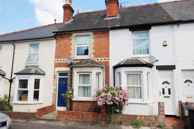 Thumbnail Terraced house for sale in Hart Street, Reading