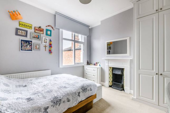 Thumbnail Maisonette to rent in Greenford Avenue, Greenford