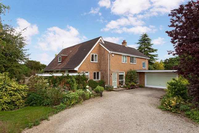 Thumbnail Detached house for sale in Cedar Cottage, Whitchurch -On- Thames