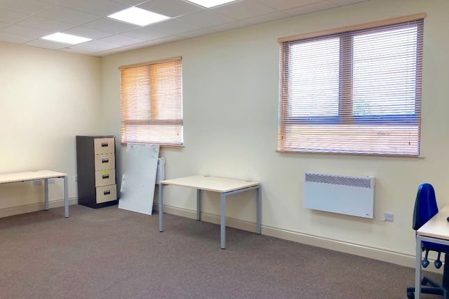 Thumbnail Retail premises to let in Offices A&B, 11-17 Fowler Road, Hainault