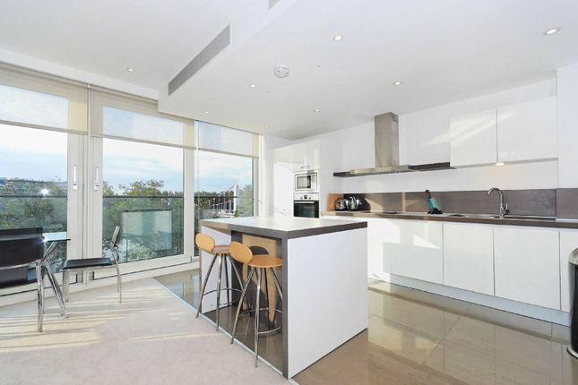 Thumbnail Flat to rent in Grosvenor Waterside, Chelsea