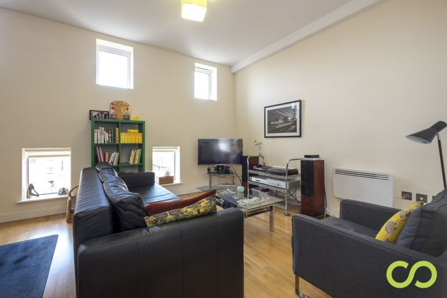 Thumbnail Property for sale in The Drapery, Holloway