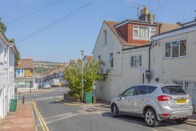 Flats for Sale in Pankhurst Avenue, Brighton BN2 ...