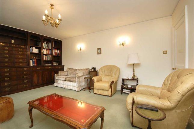 Living Room of Corringham Court, Hampstead Garden Suburb NW11