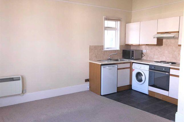 Thumbnail Flat for sale in Beulah Road, Tunbridge Wells