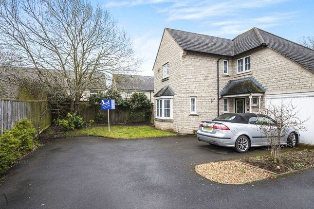 Thumbnail Detached house to rent in Coleshill Drive, Faringdon