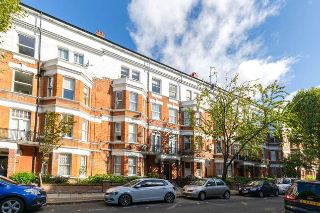 3 bed flat for sale in Widdenham Road, Islington, London N7