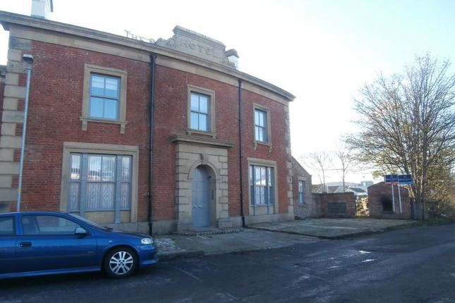 Thumbnail Flat to rent in Station Road, Kirkham, Preston