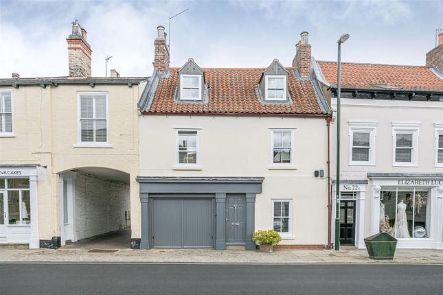 Thumbnail End terrace house for sale in North Bar Without, Beverley, East Yorkshire