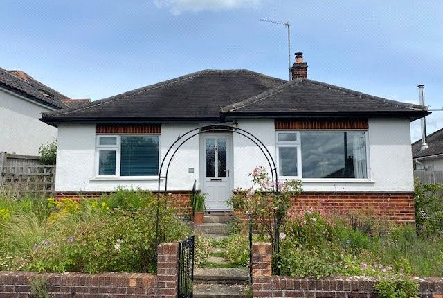 Thumbnail Bungalow for sale in Beechwood Avenue, Frome
