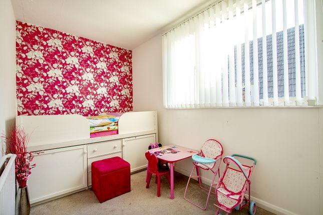 Bedroom 2 of Froxfield Avenue, Reading, Berkshire RG1