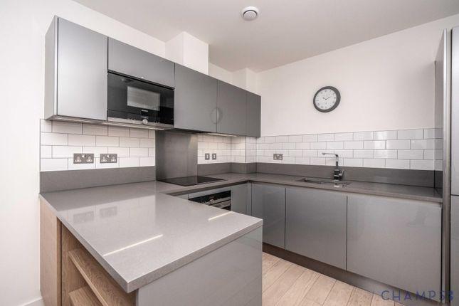 3 bed flat to rent in 48 Reminder Lane, London SE10