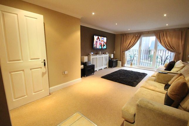 Thumbnail Flat to rent in Ruskin Road, Belvedere, Kent