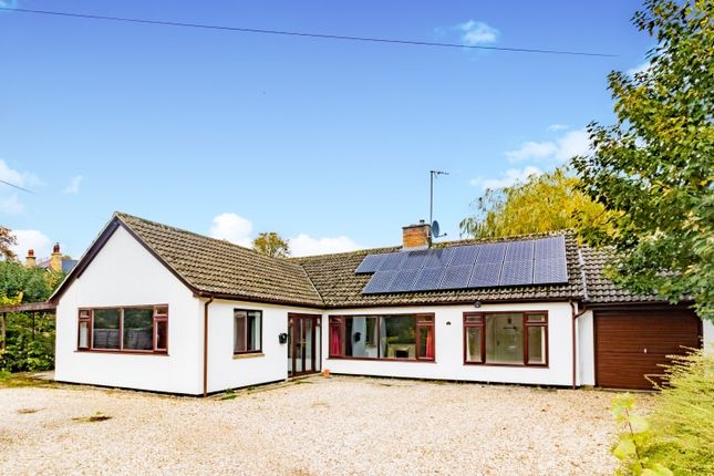 Thumbnail Property to rent in New Yatt Road, Witney