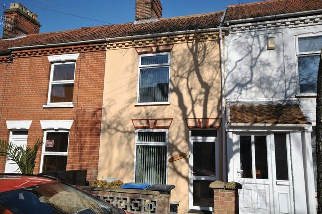 Thumbnail Terraced house for sale in Romany Road, Norwich