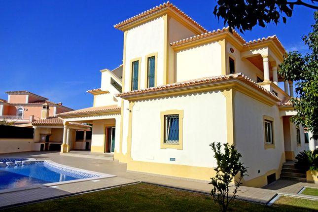3 bed villa for sale in Albufeira E Olhos De Água, Albufeira, Portugal