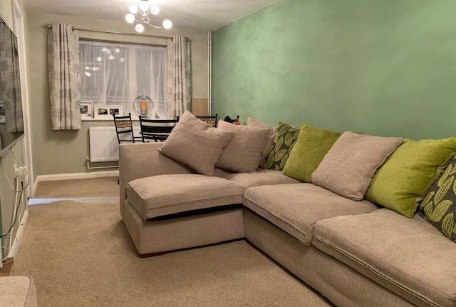 Thumbnail Property to rent in Western Avenue, Dogsthorpe, Peterborough