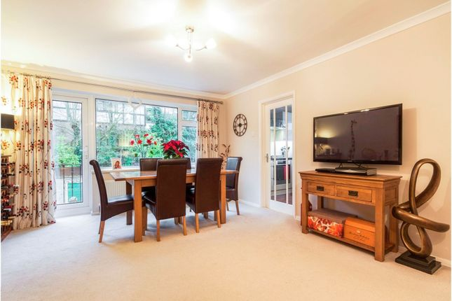 Thumbnail Maisonette for sale in Dale View, Woking