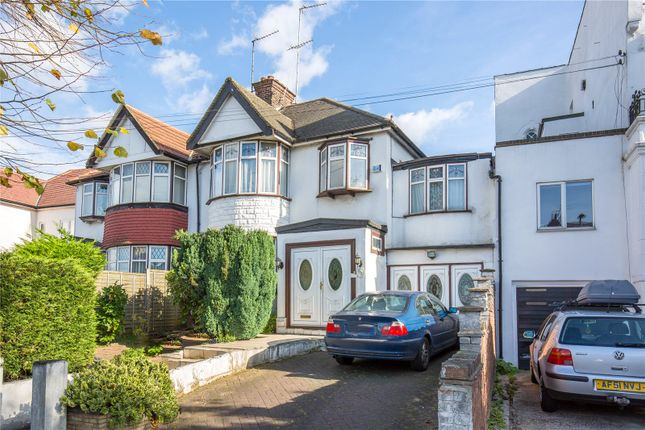 Thumbnail Property for sale in Colney Hatch Lane, Muswell Hill, Lonodn