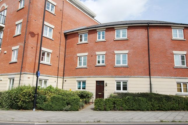 Thumbnail Town house to rent in Brookbank Close, Cheltenham