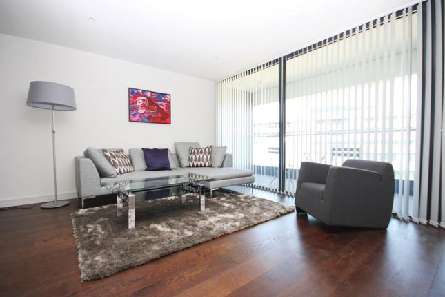 Thumbnail Flat to rent in Lambarde Square, Greenwich