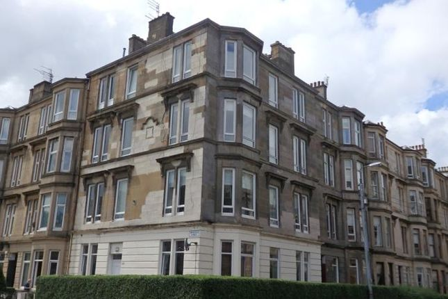 2 bed flat to rent in Finlay Drive, Dennistoun, Glasgow