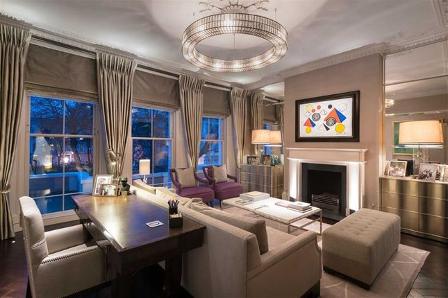Thumbnail 5 bedroom property for sale in Chalcot Square, Primrose Hill, London