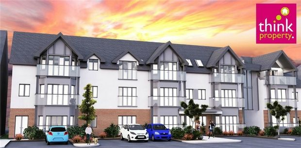 Thumbnail Flat to rent in Balmoral Phase Two, Valkrie Road, Westcliff-On-Sea, Essex