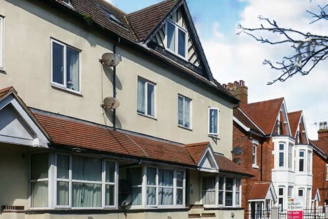 Thumbnail Flat for sale in Lumley Avenue, Skegness