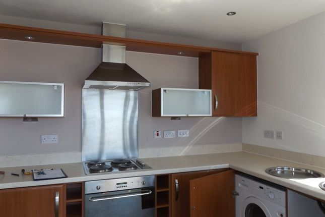 Thumbnail Flat to rent in Cwrt Mary Welch, Llanelli, Llanelli, Carms