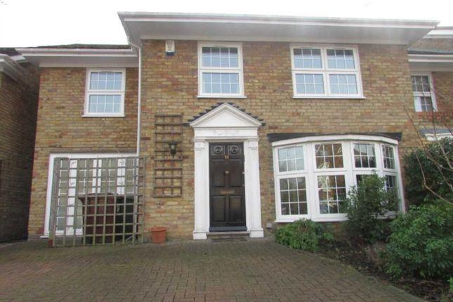 Thumbnail Property to rent in Berkeley Close, Elstree, Borehamwood